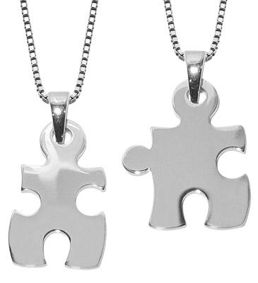 trendor 63782 Große Puzzle Partner-Anhänger mit 2 Halsketten Silber